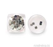 Дизайн для ногтей: пайетки зеркальные (квадраты)